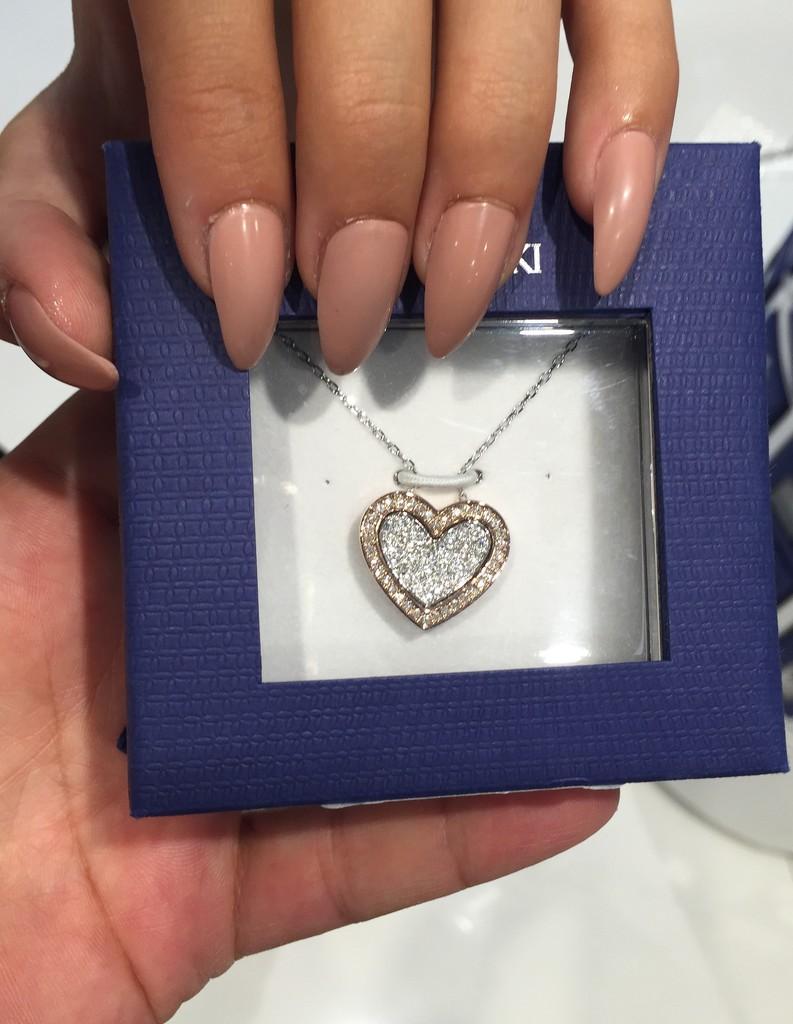 Shinny heart... by cocobella