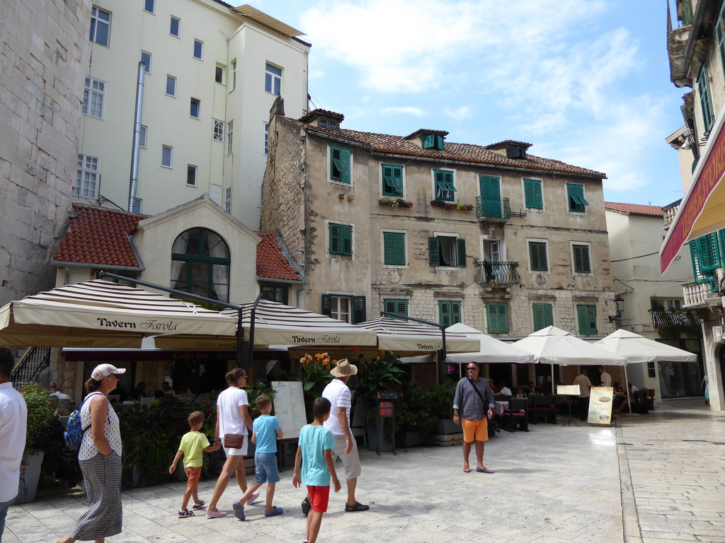 Greetings from Split by cmp