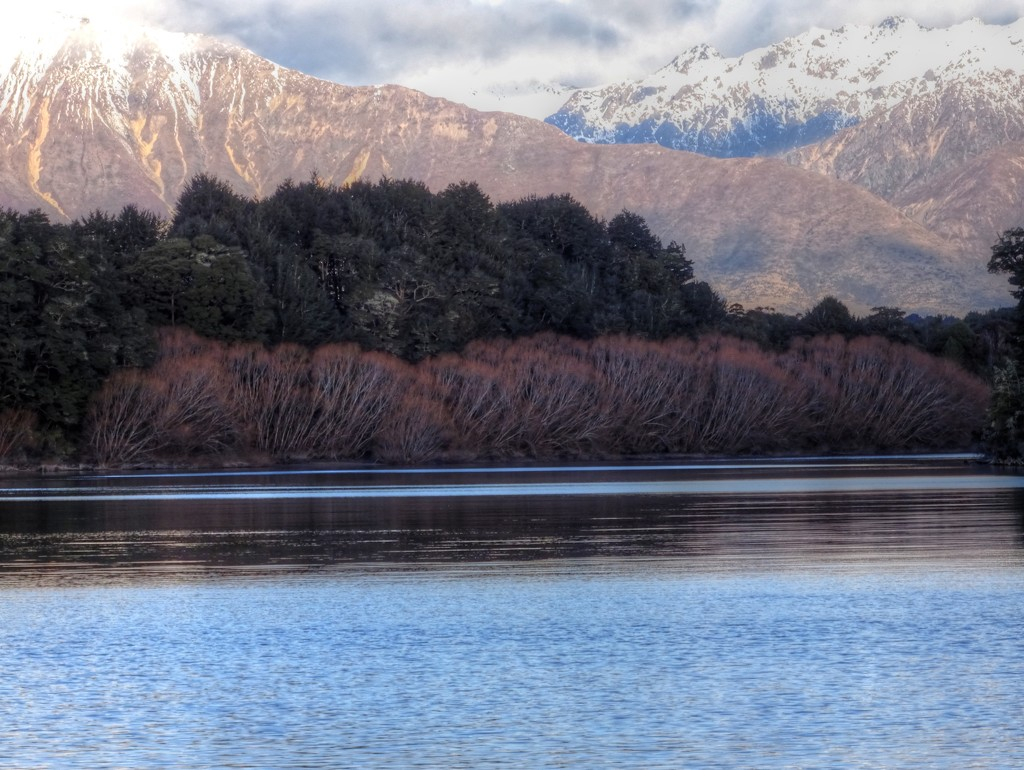 Manapouri by maggiemae