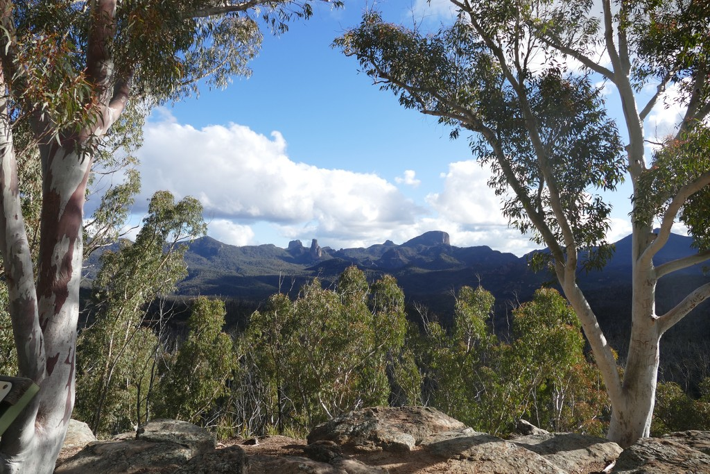 Warrumbungle Range NSW by hrs