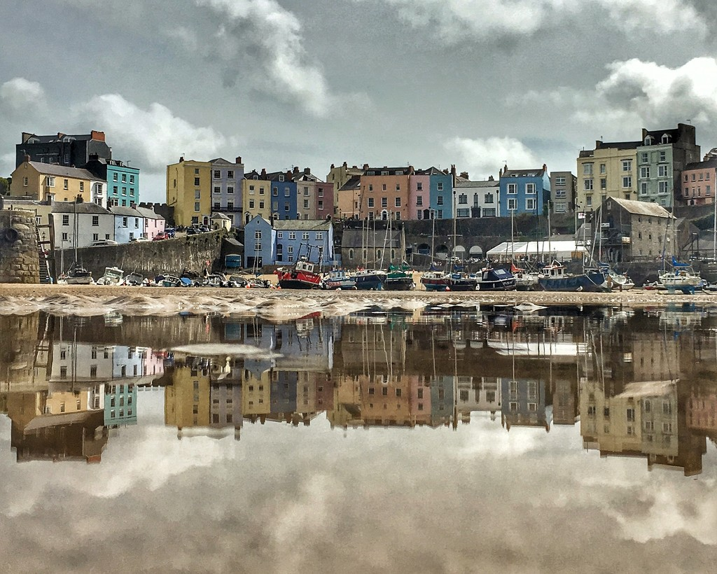 Tenby Harbour by rich57