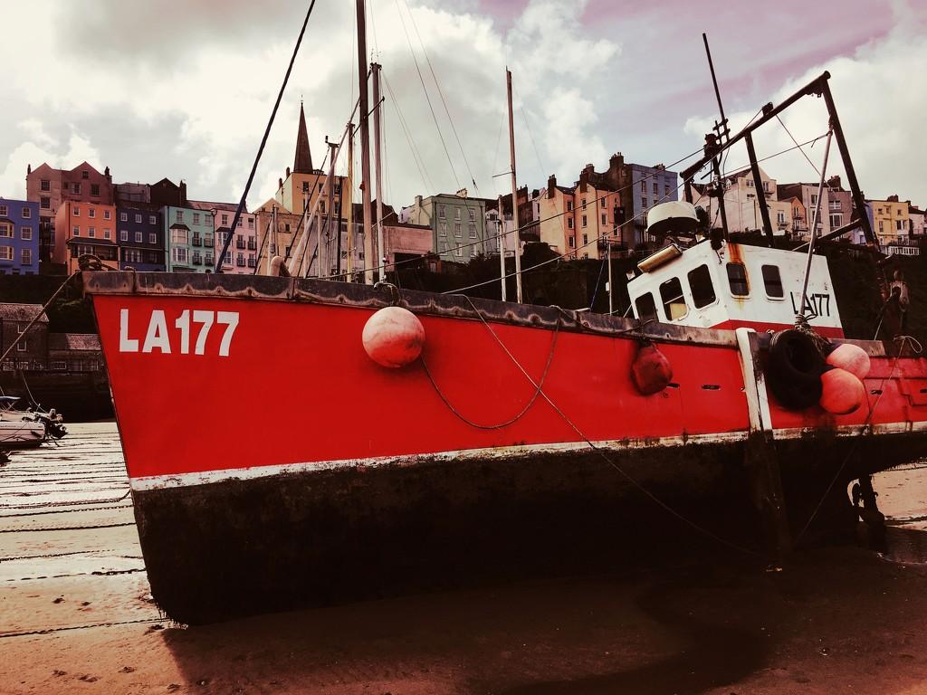 LA177 by rich57