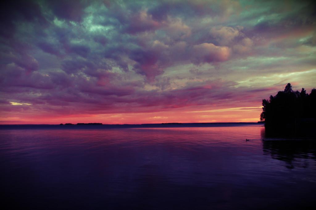 Sunrise over lake Pyhäjärvi III by susale
