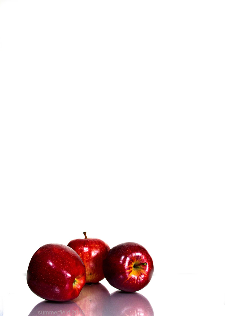 apples are good for your teeth! by summerfield