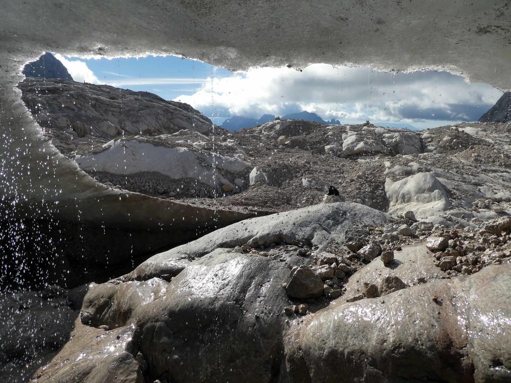 Beneath the glacier by cmp