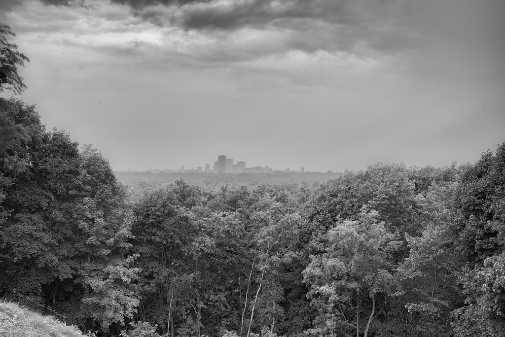 Rainy Day in Rochester by bill_fe