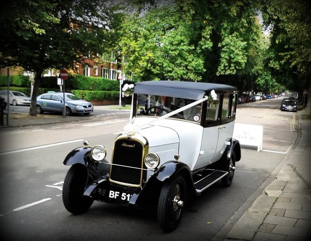 Wedding car by rosiekind
