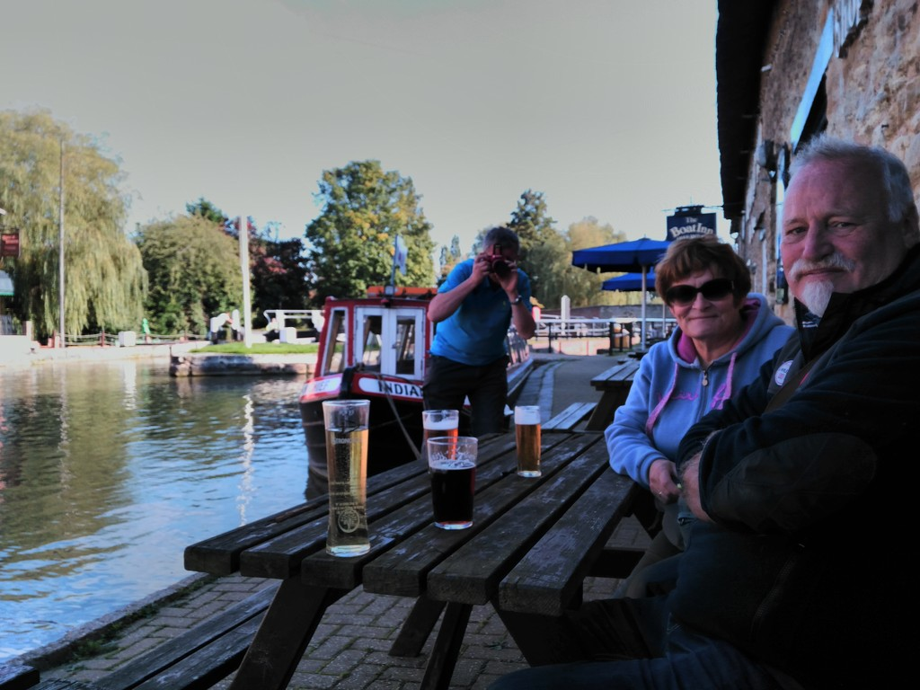 Friends with Rule of Thirds (& pints!) by 30pics4jackiesdiamond