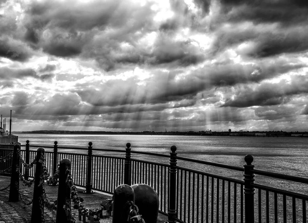 Rays and railings by inthecloud5