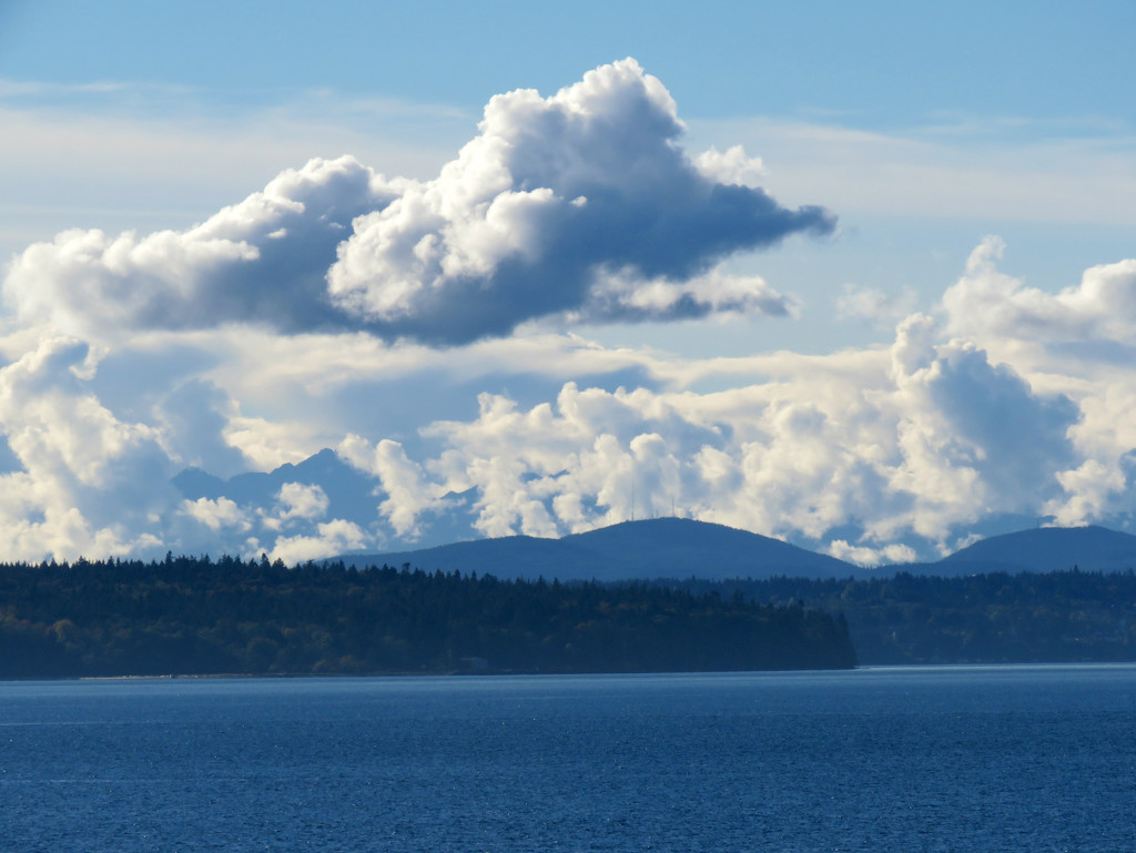 Clouds by seattlite