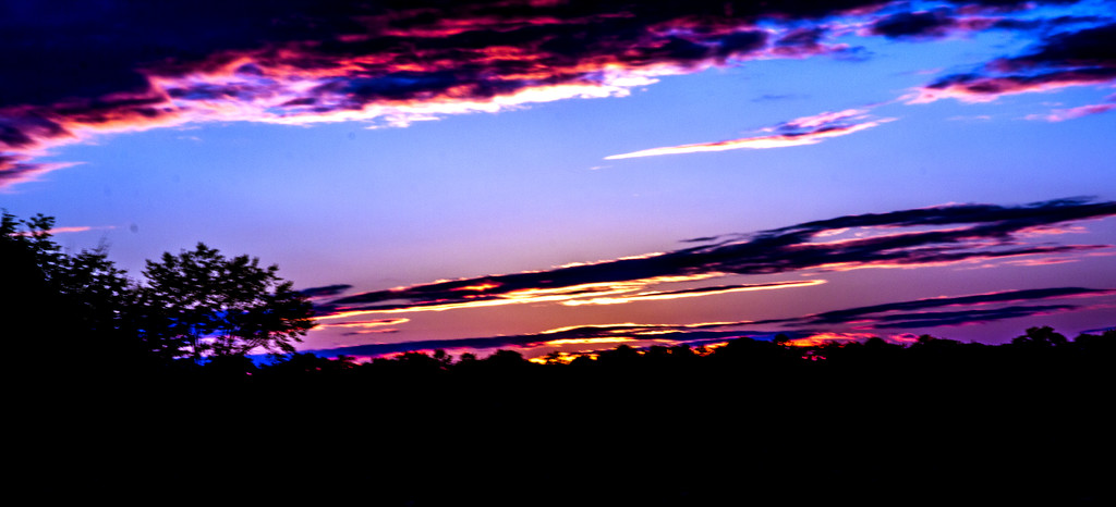 Sunset in Buena by hjbenson