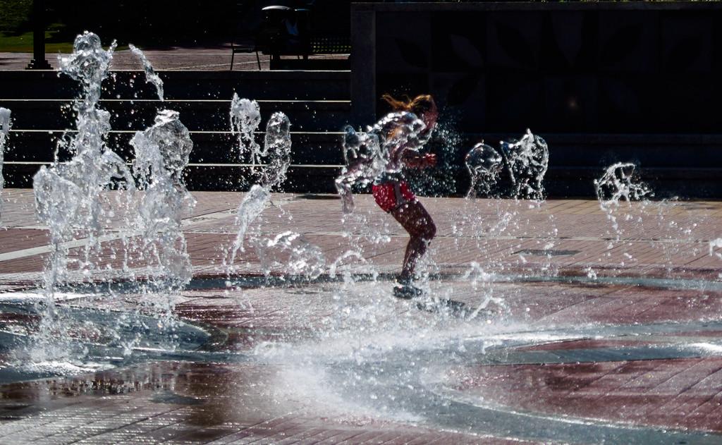 Water Dance by fotoblah