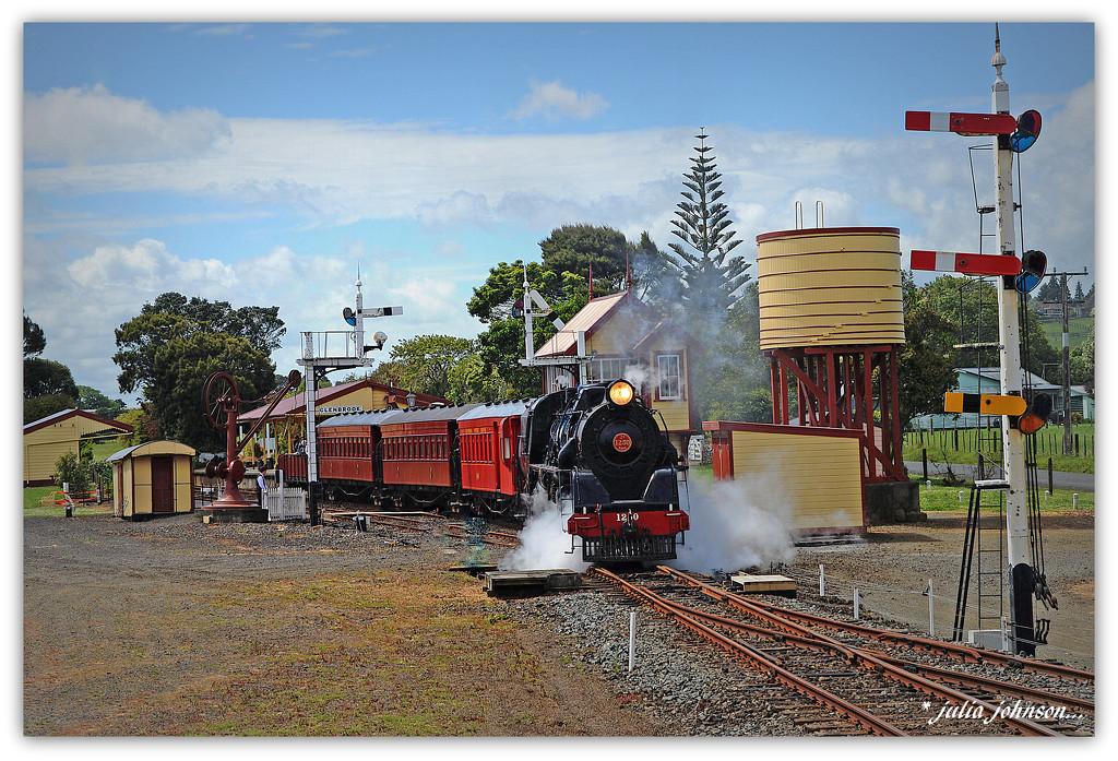 Glenbrook Vintage Railway... by julzmaioro