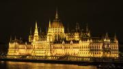 7th Nov 2016 - Parliament by night