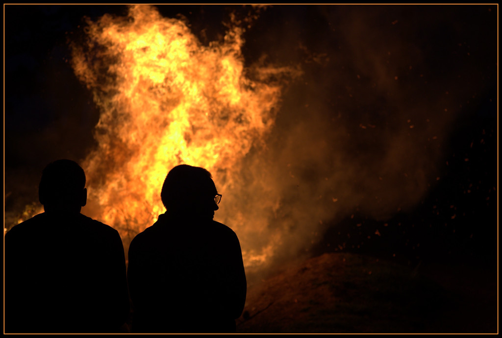 The bonfire by dide