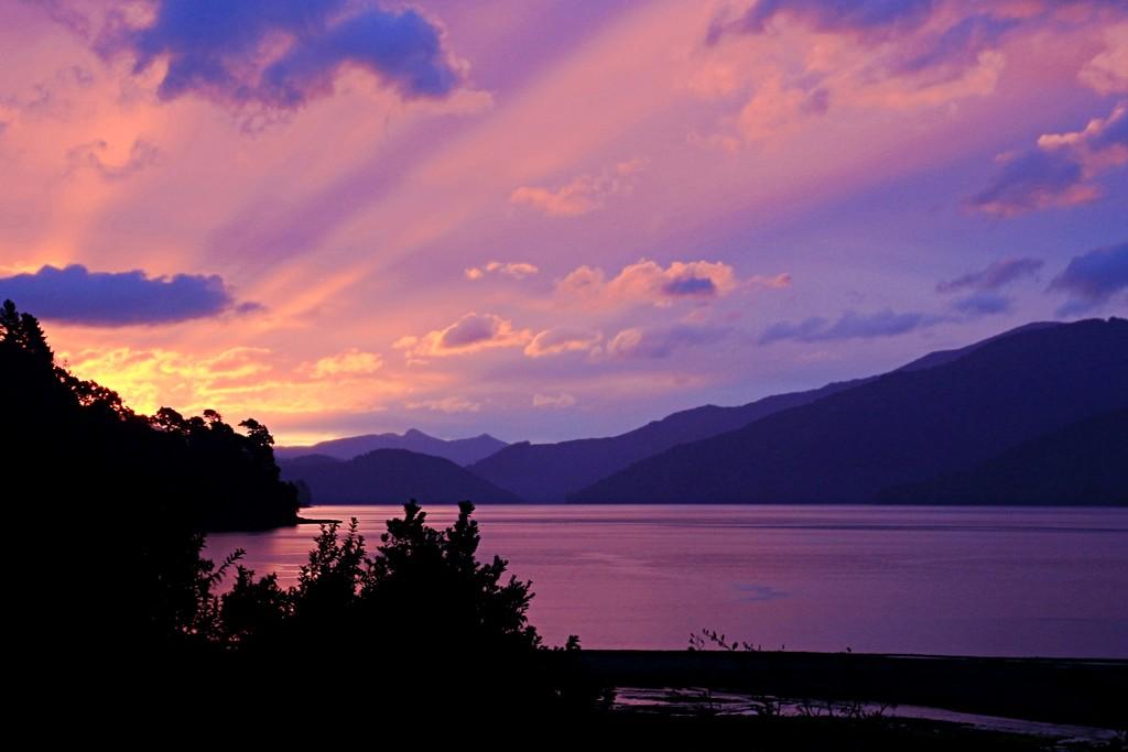 Amazing sunset by kiwinanna