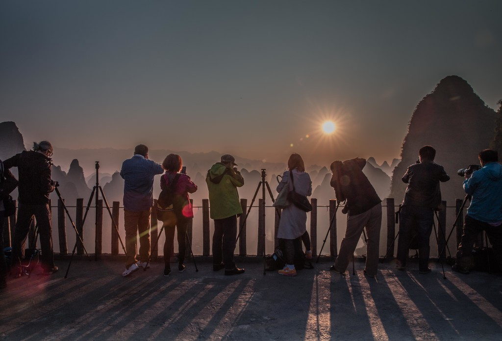 Guilin Photographers Wait for the Sun by jyokota
