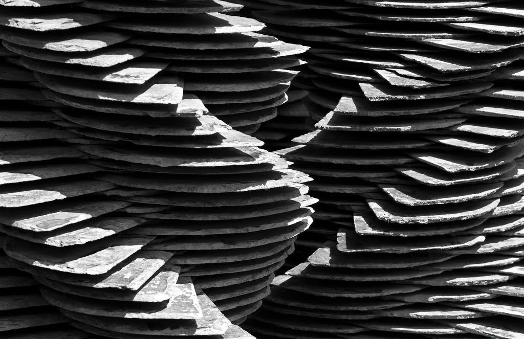 Layers upon layers by dulciknit