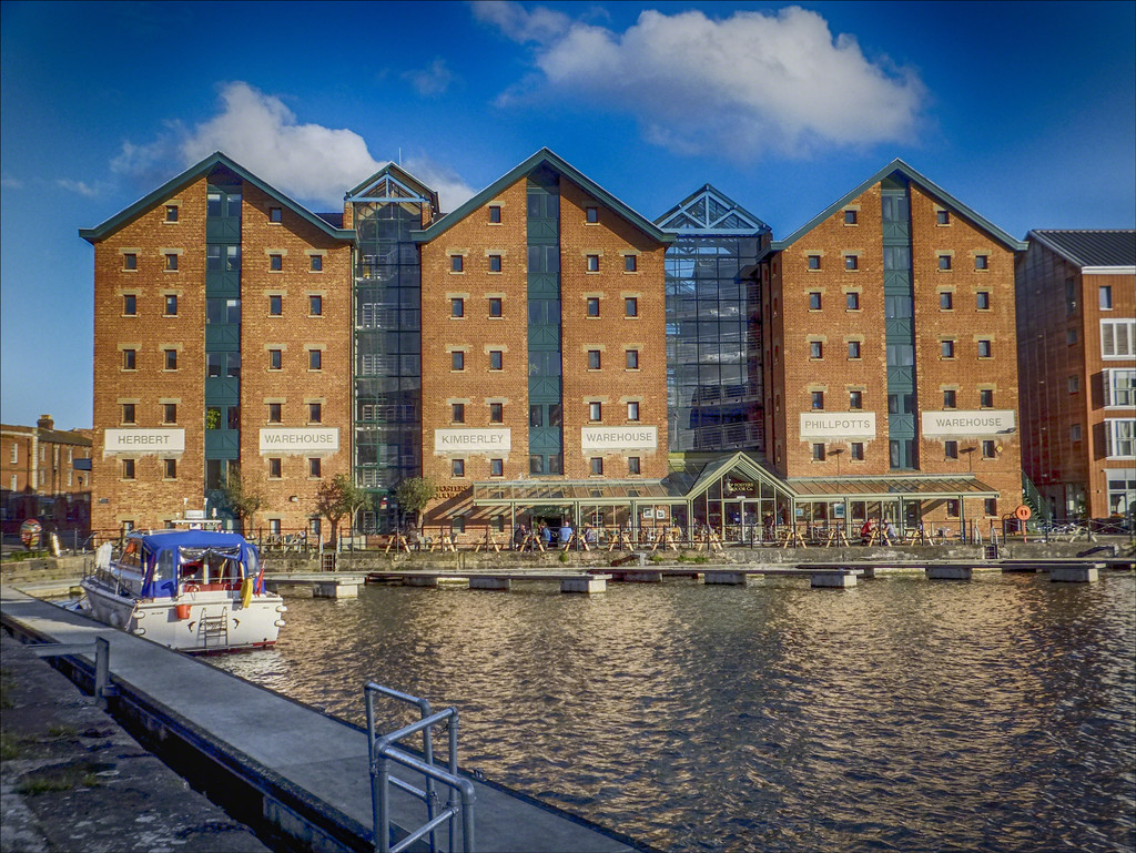 Gloucester docks, warehouses  by ivan