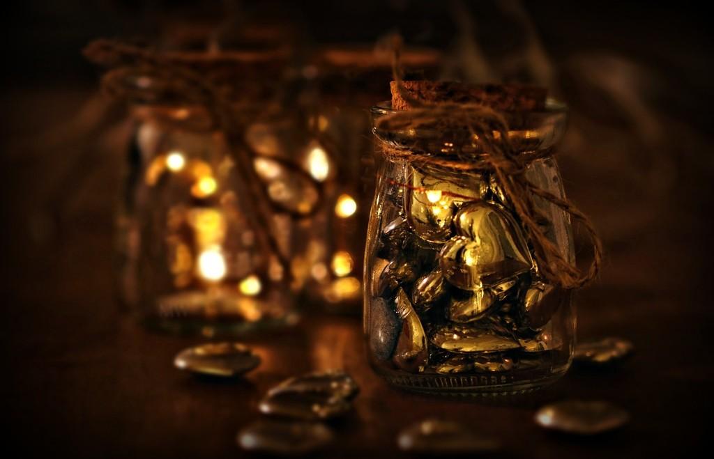 2016-12-05 jar of hearts by mona65