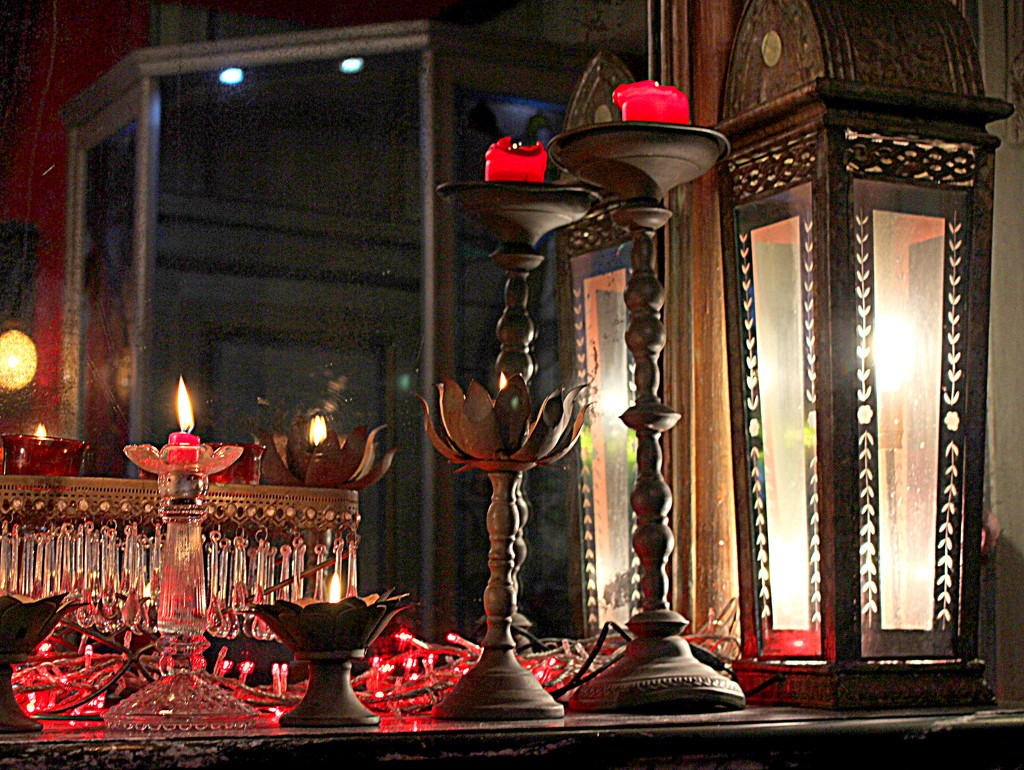 Candles and lantern by boxplayer