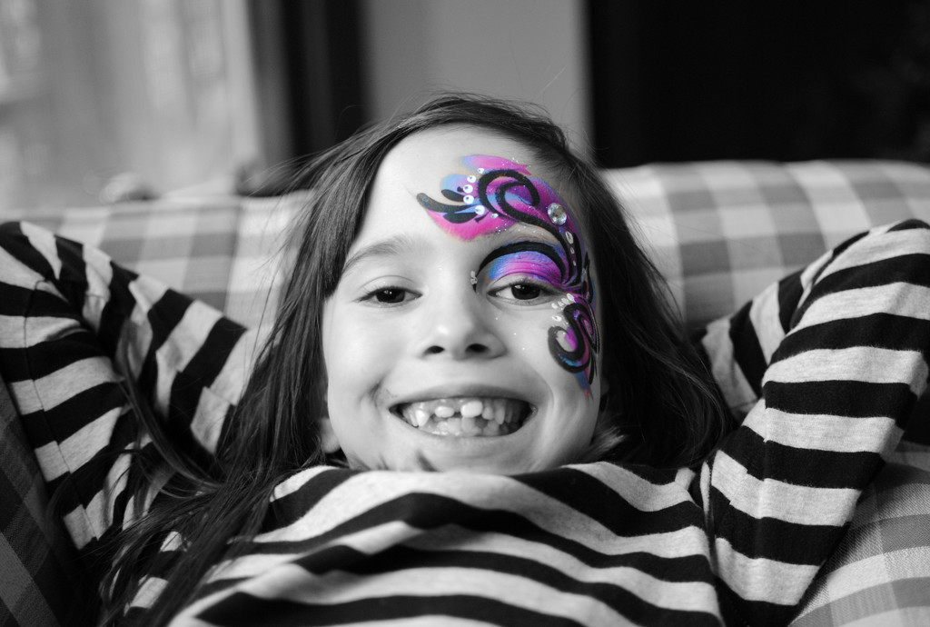 Fancy Party Face Paint by alophoto
