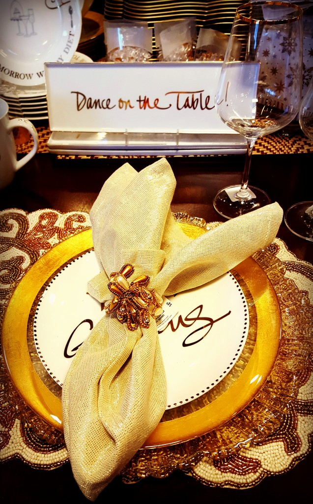 Table Setting In Gold  by jo38