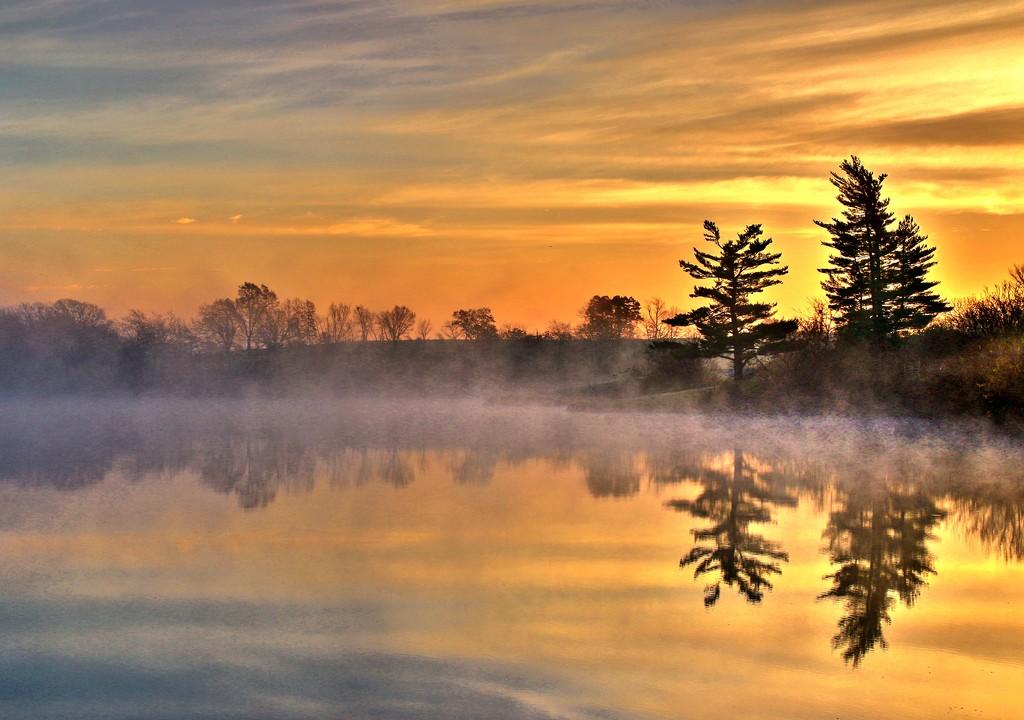 November sunrise by lynnz