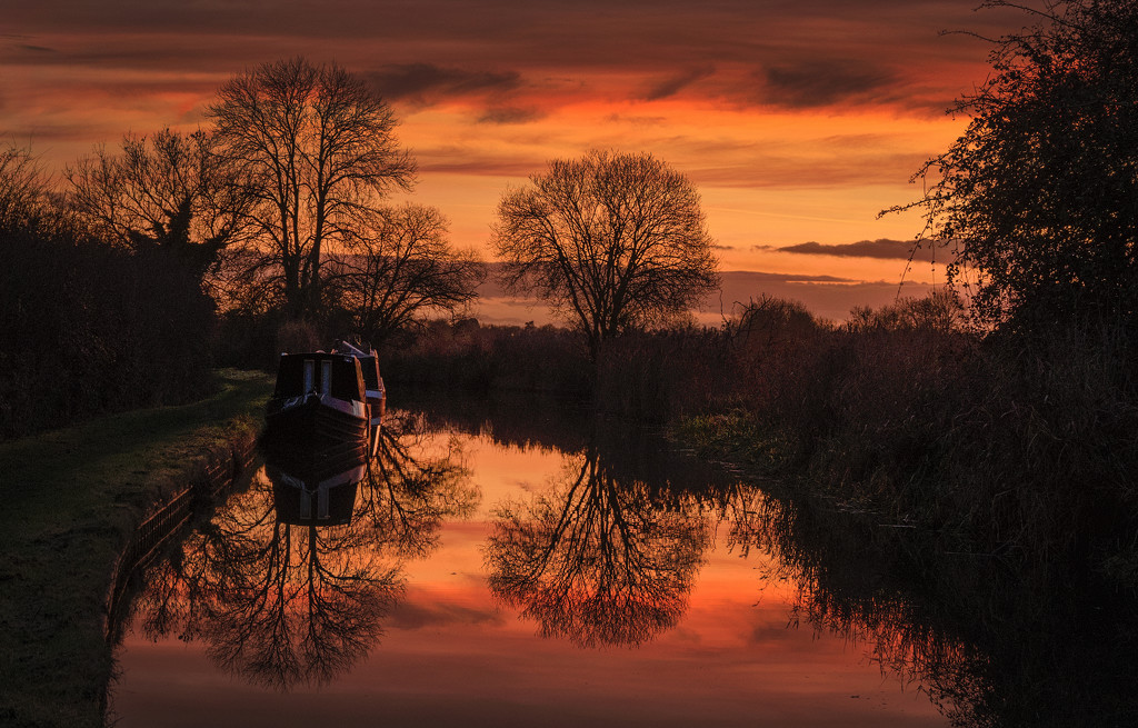Sunset on the Canal by lupus