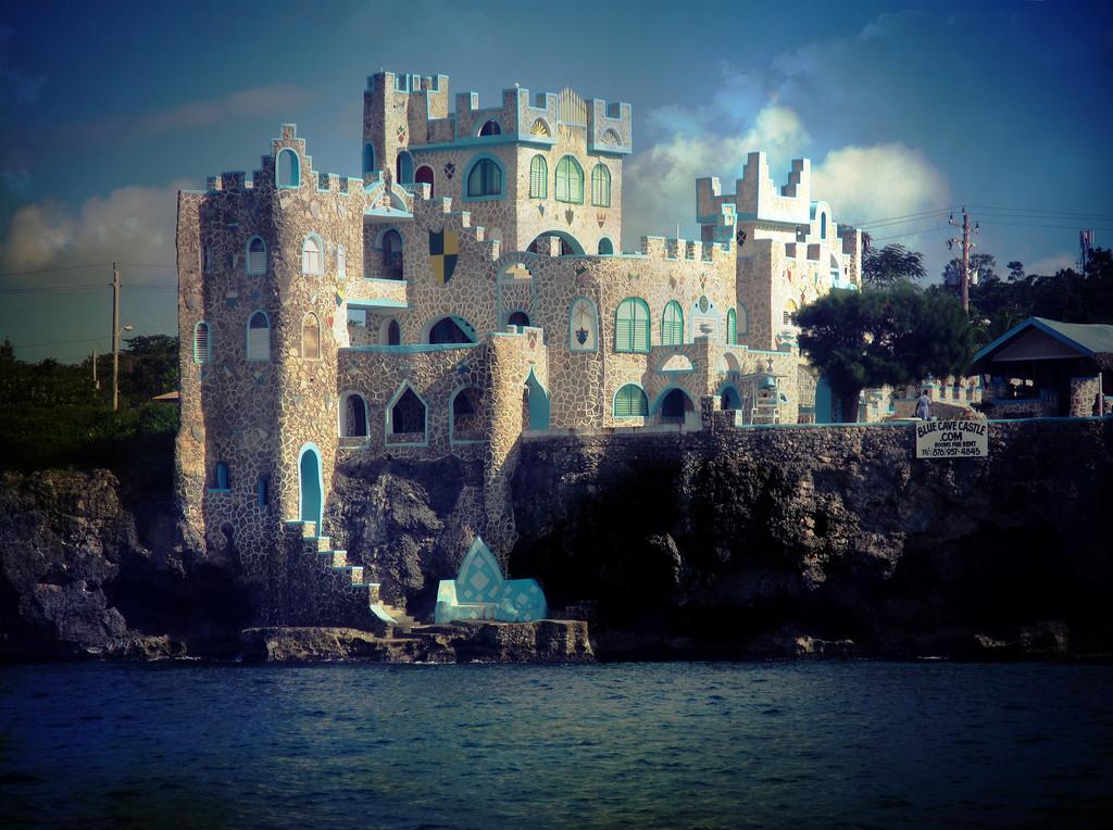 Blue Cave Castle by pdulis