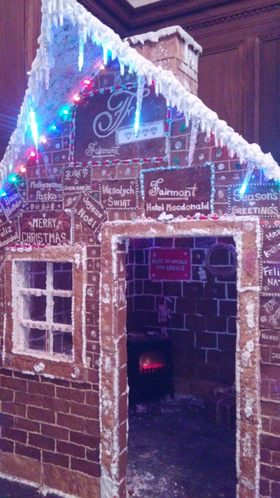Gingerbread House by bkbinthecity