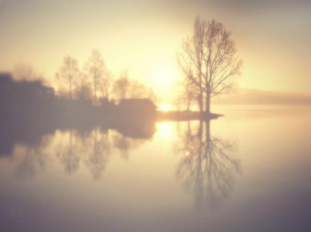2016-12-28 calm lake by mona65