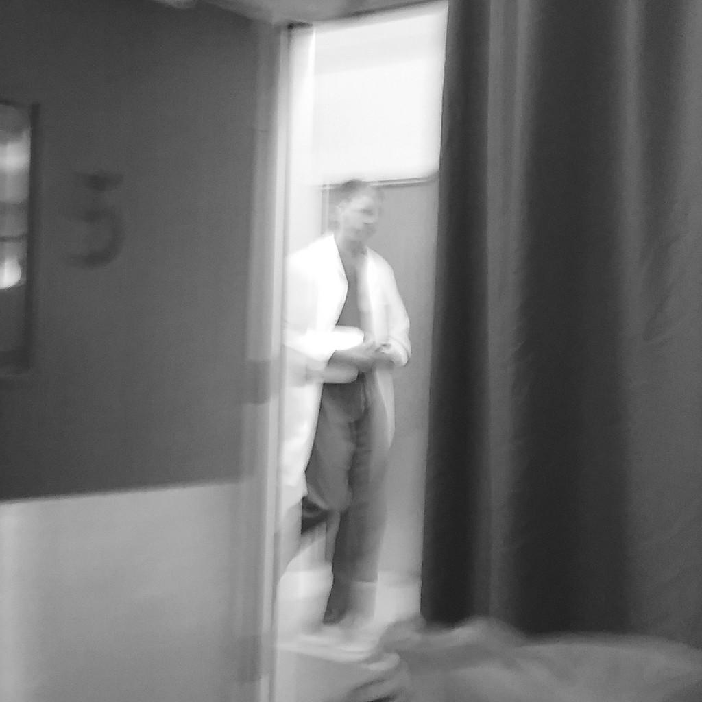 Apparition in the night by byrdlip