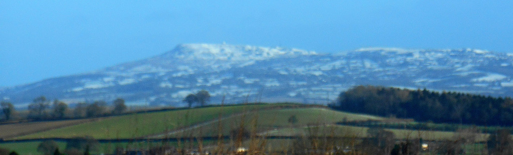 Snow on the Clee hills by snowy