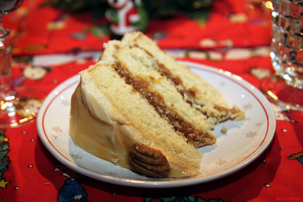 Pecan pie cake by rhoing