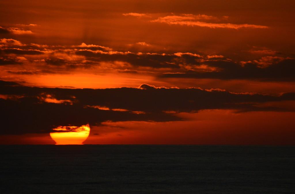Mediterranean Sea at Sunset by kareenking