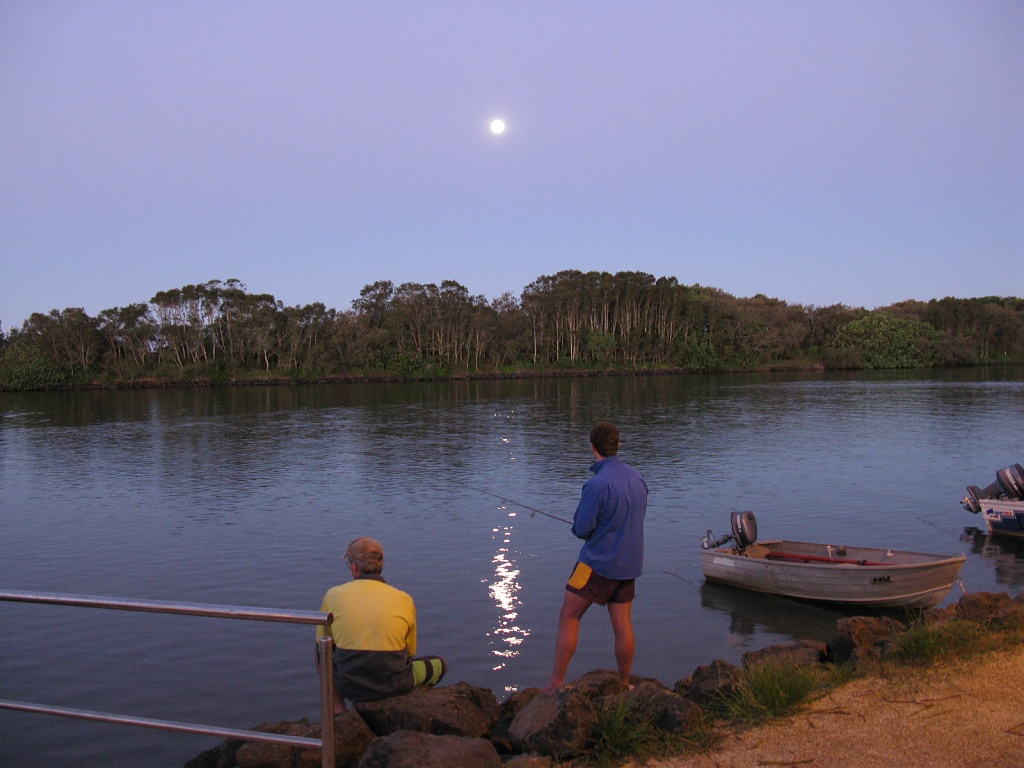 Moon over the Brunswick River by loey5150