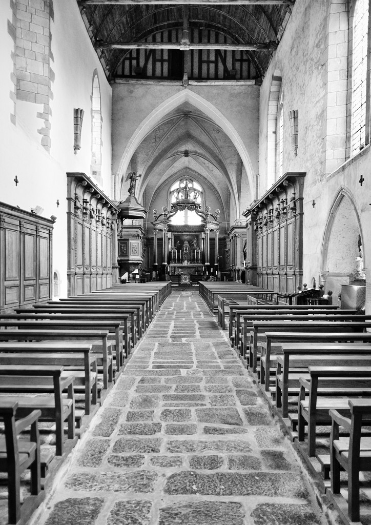 PLAY February - Fujinon 18mm f/2: Paimpont Abbey by vignouse