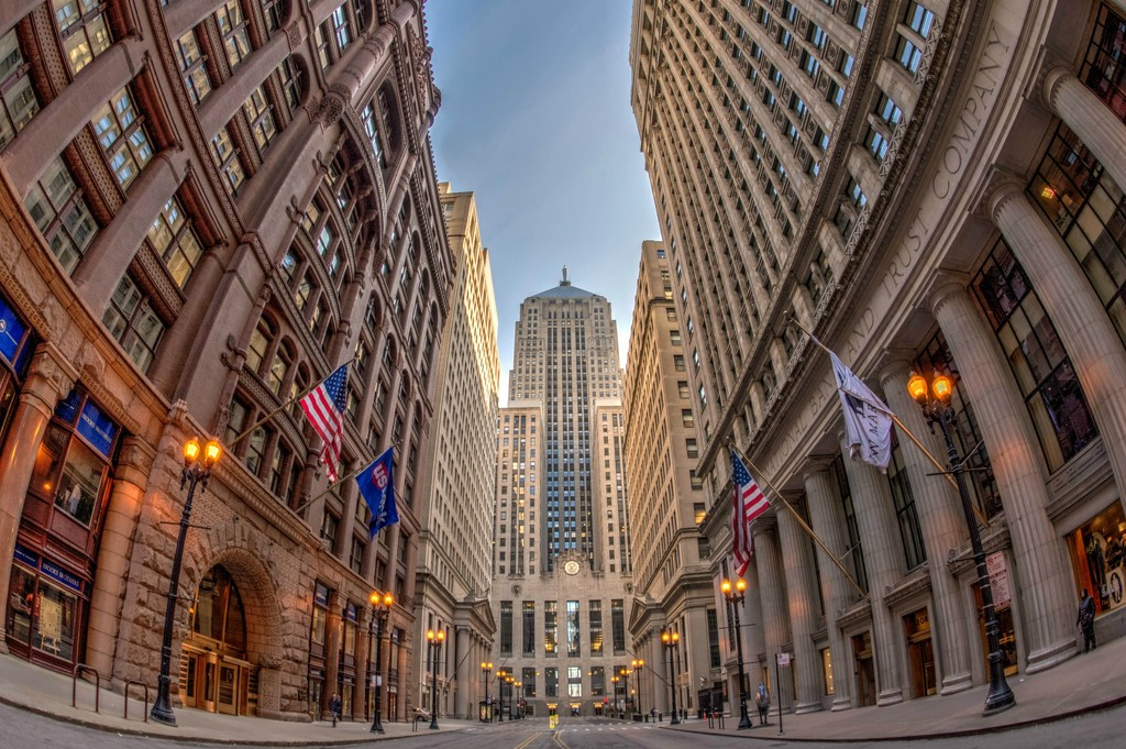 Sunday Street Scene in Chicago by taffy