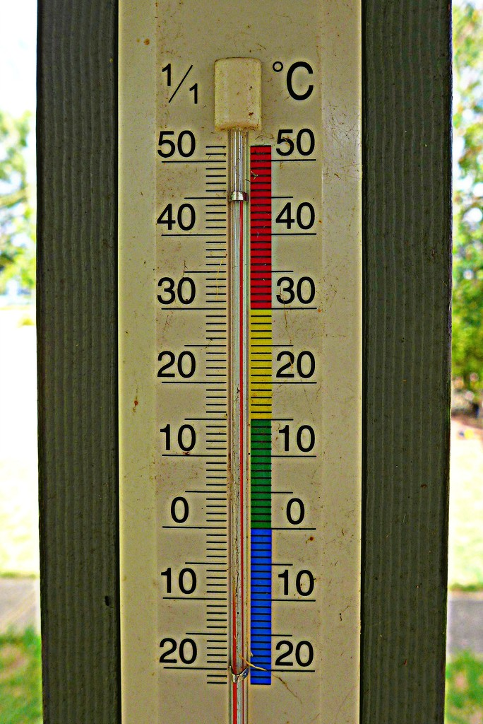 45C in the shade by leggzy