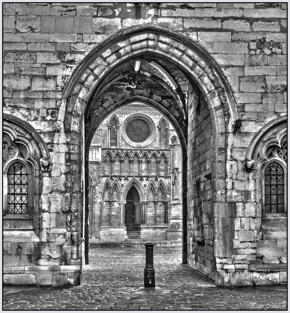 Archway by pcoulson