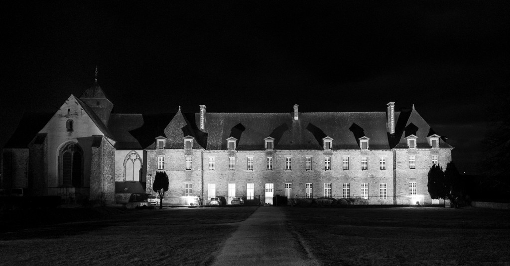 PLAY February - Fuji 18mm f/2: Paimpont Abbey  by vignouse