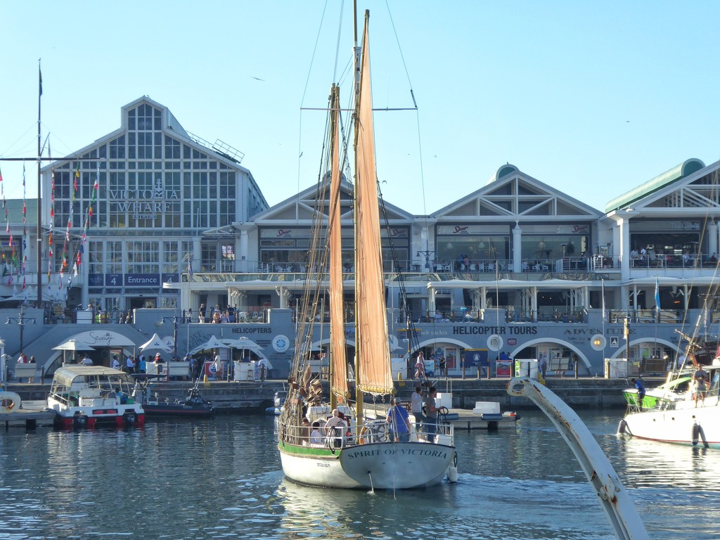 The CT Waterfront by ludwigsdiana