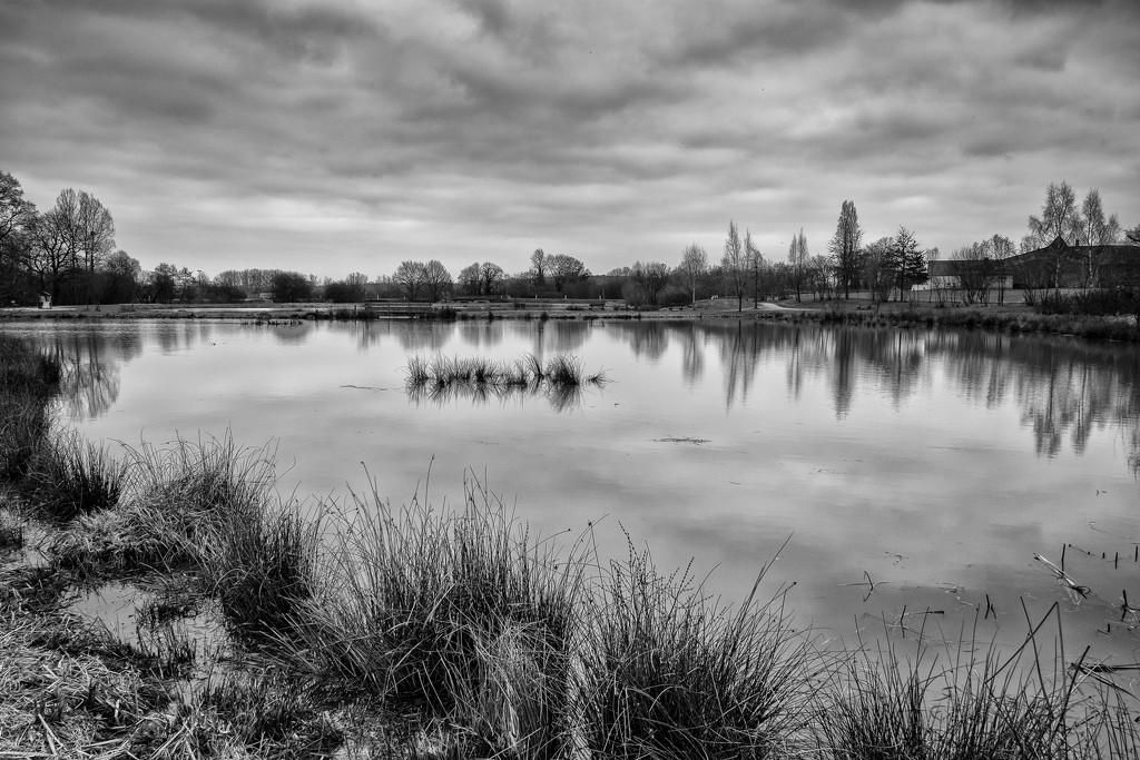 Gaël Lake by vignouse