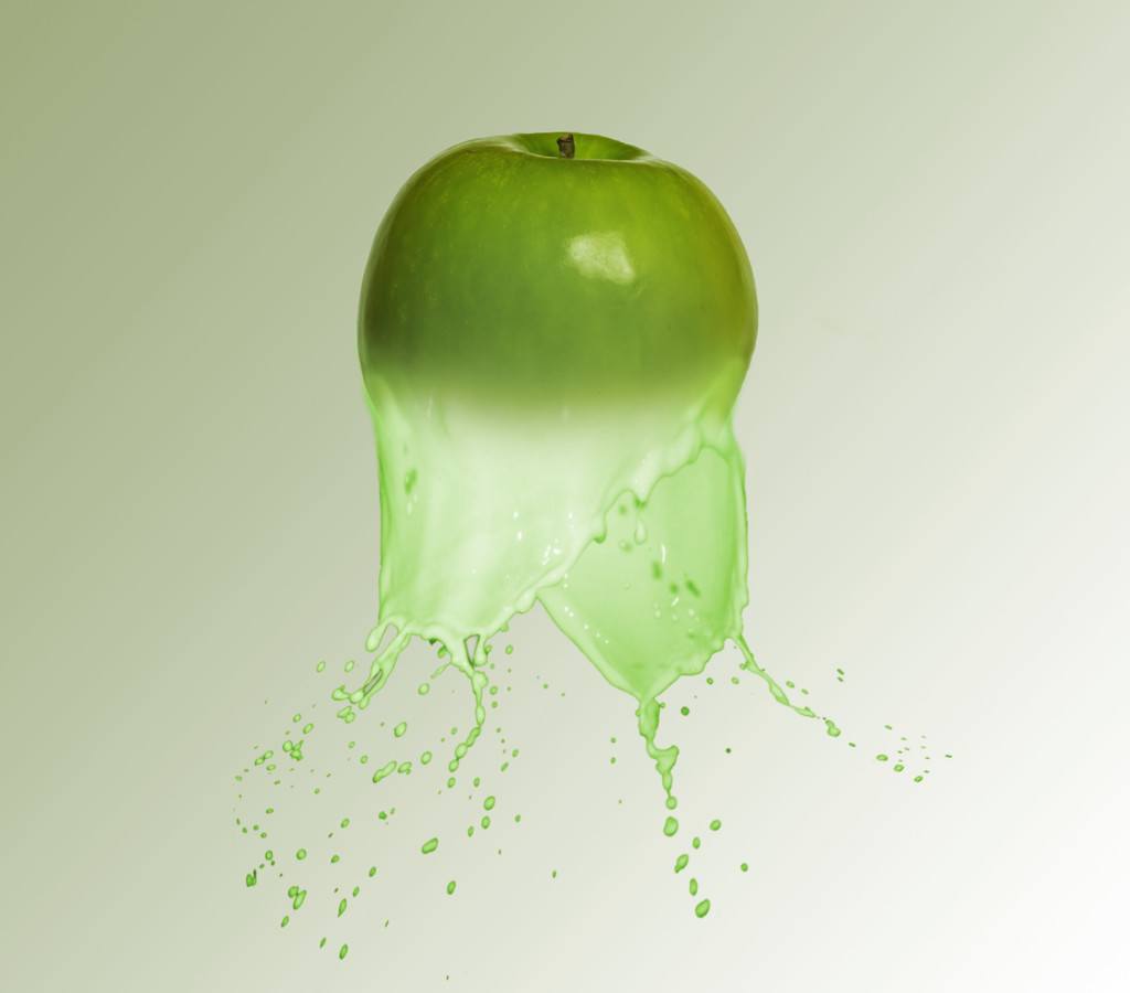 Apple Splash by salza