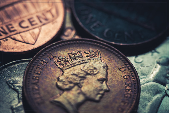Crown on a Coin for C by lyndemc