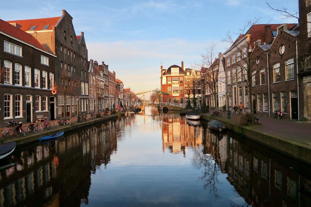 Oude Rijn  by halkia