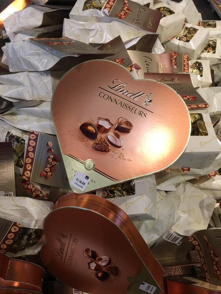 chocolate heart by cocobella