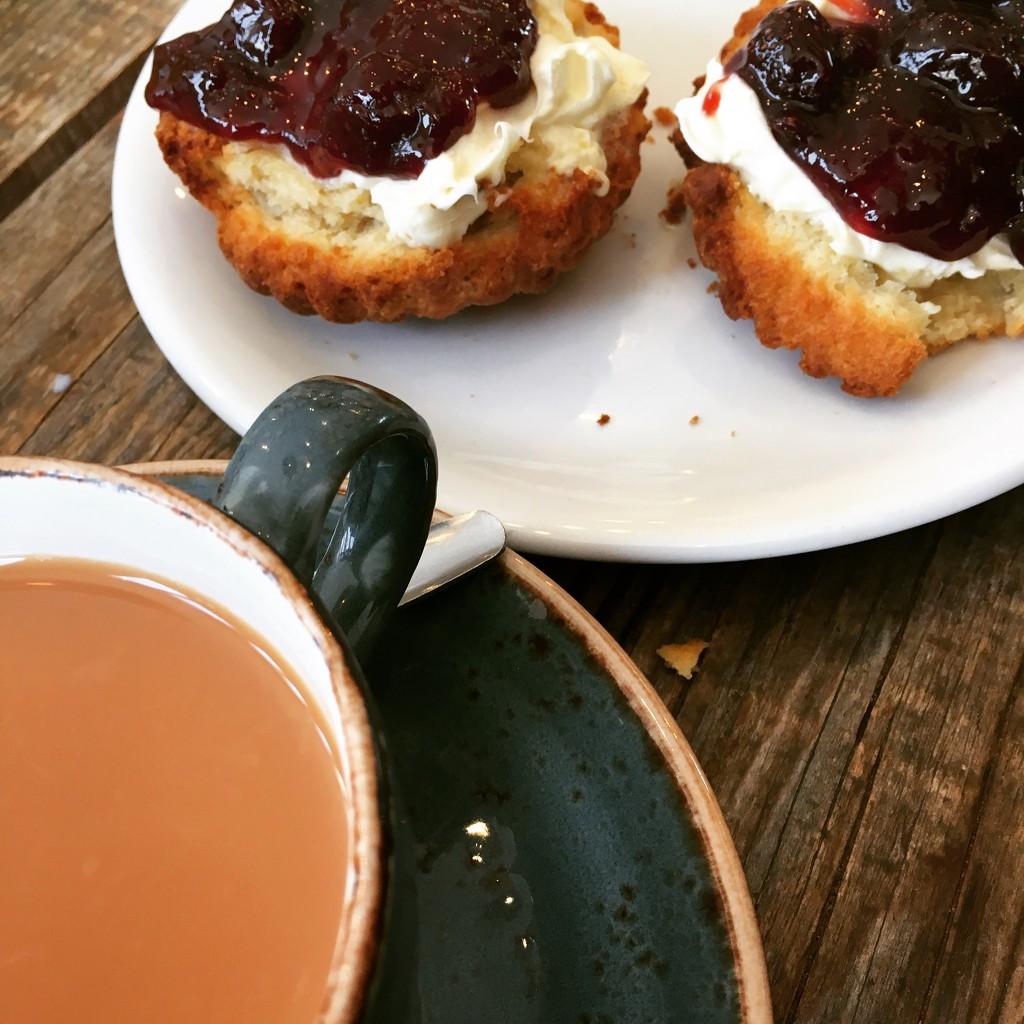 Mothers Day Tea & Scones by cookingkaren