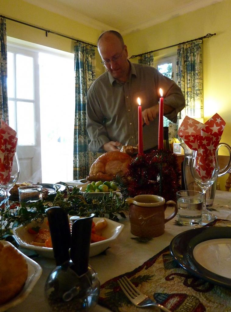 Christmas Dinner by helenmoss